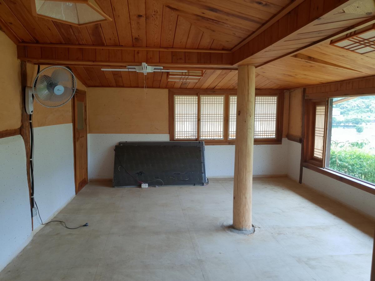 3 번째 사진 단독주택 에  연면적102.25 ㎡ 경상북도 청도군 청도읍 주택 석면조사