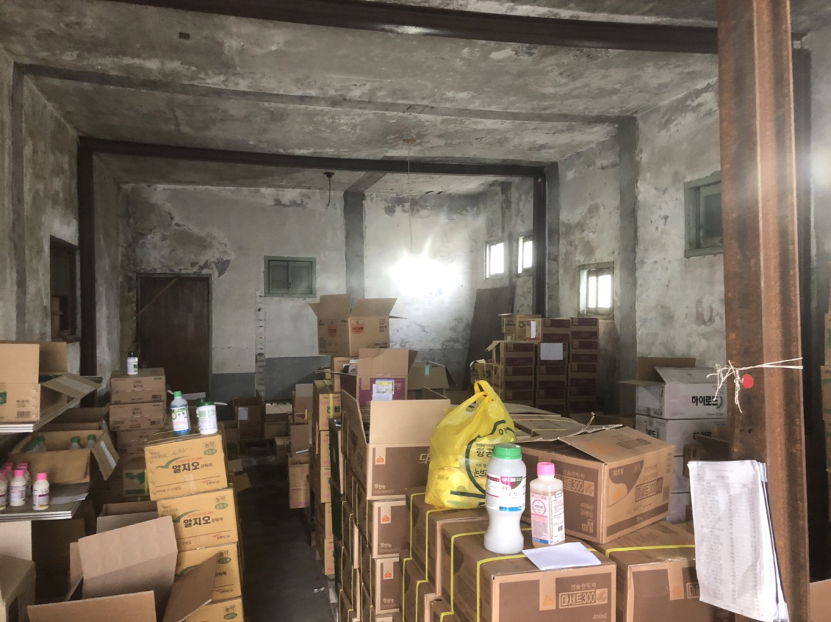 4 번째 사진 창고시설 에  연면적542.04 ㎡ 경상남도 고성군 영오면 슬레이트 건축물 철거 전 석면조사