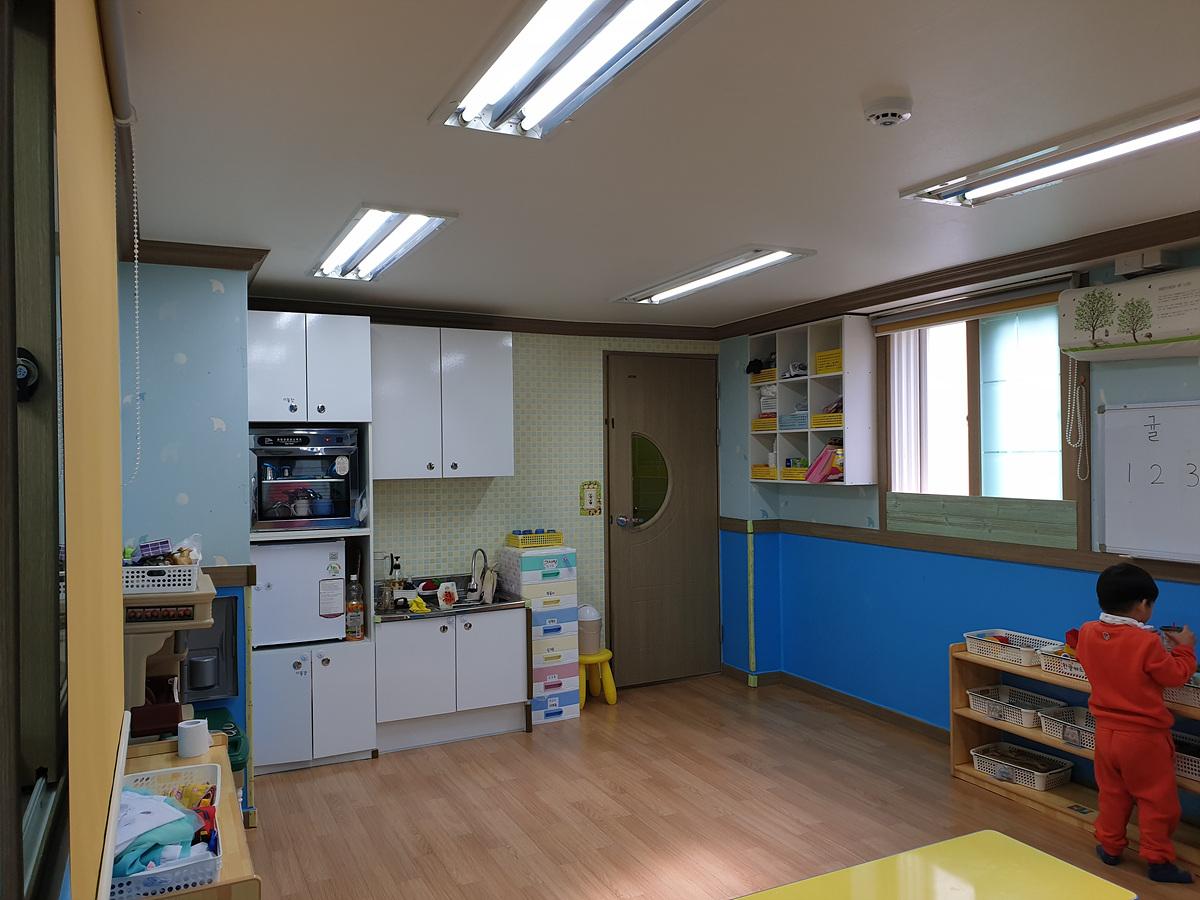 6 번째 사진 노유자 시설 에  연면적251.18 ㎡ 키즈빌 어린이집 석면조사