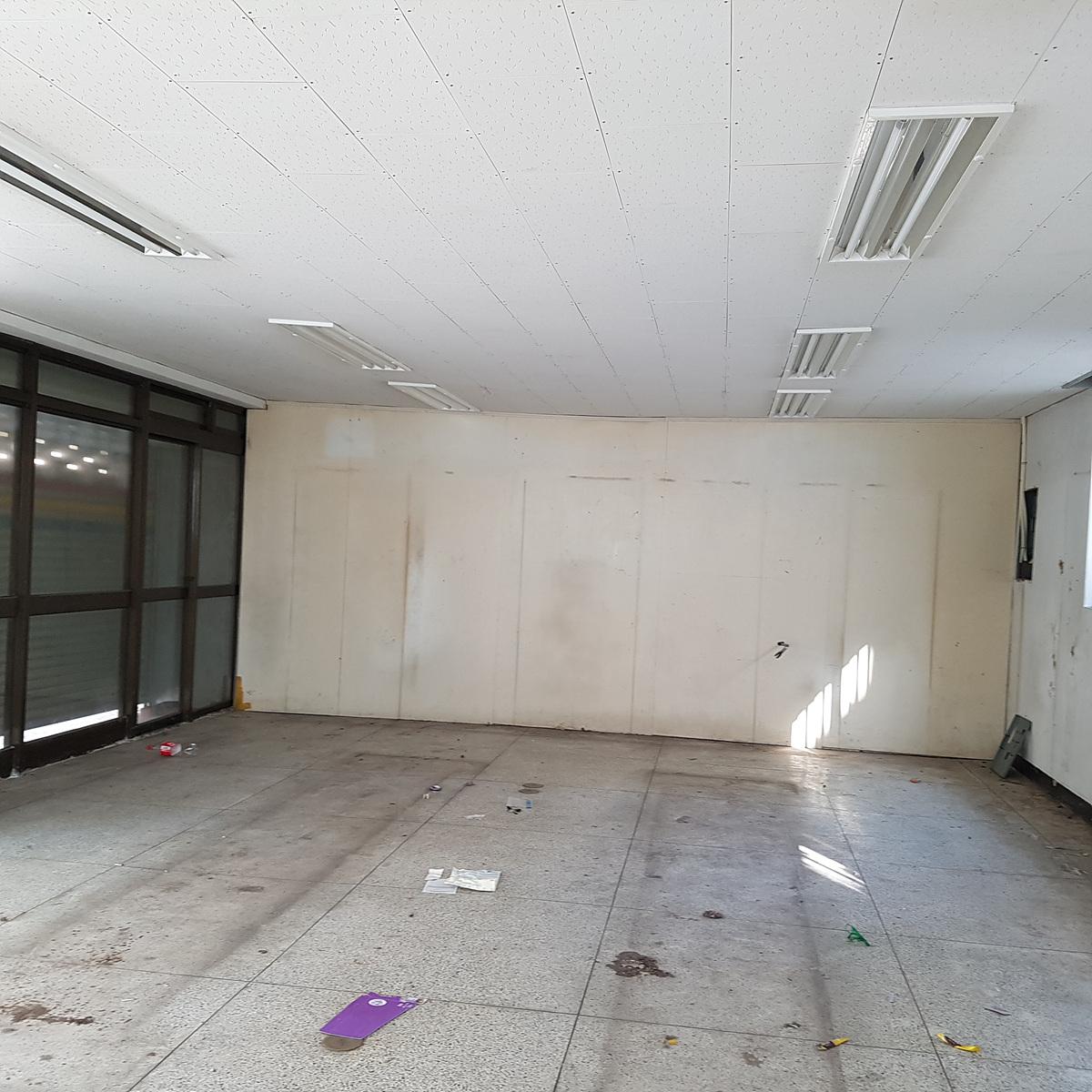 2 번째 사진 판매시설 에  연면적117 ㎡ 부산광역시 해운대구 우동 천장 텍스 및 지붕 슬레이트 철거에 관한 석면조사