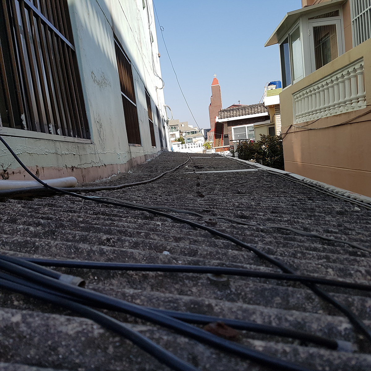 9 번째 사진 판매시설 에  연면적117 ㎡ 부산광역시 해운대구 우동 천장 텍스 및 지붕 슬레이트 철거에 관한 석면조사