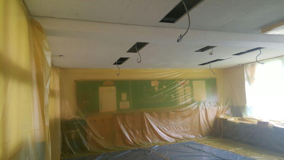 8 번째 사진  에  연면적621.02 ㎡ 부산시 사하구 괴정동 동주중학교 5층 일부 석면해체제거 석면철거현장