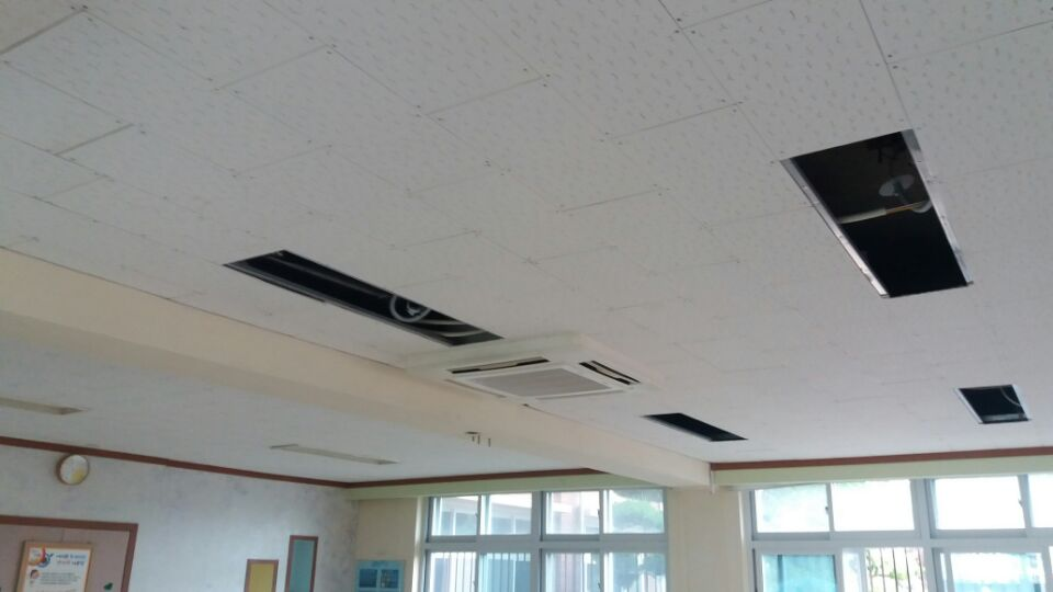 4 번째 사진  에  연면적135.58 ㎡ 부산시 금정구 서명초등학교 1층 일부 석면텍스철거