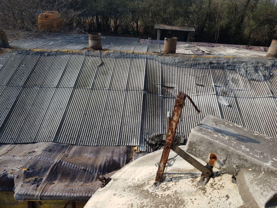 3 번째 사진  에  연면적787 ㎡ 경북 영천시 대창면 명성농장 슬레이트지붕 석면철거