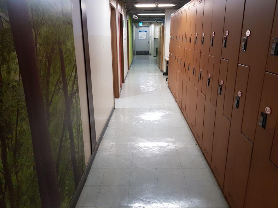3 번째 사진  에  연면적368.03 ㎡ 울산 북구 홈플러스 석면텍스해체 공사