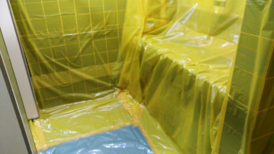 6 번째 사진  에  연면적49 ㎡ 부산시 금정구청 화장실 밤라이트 석면해체 제거현장