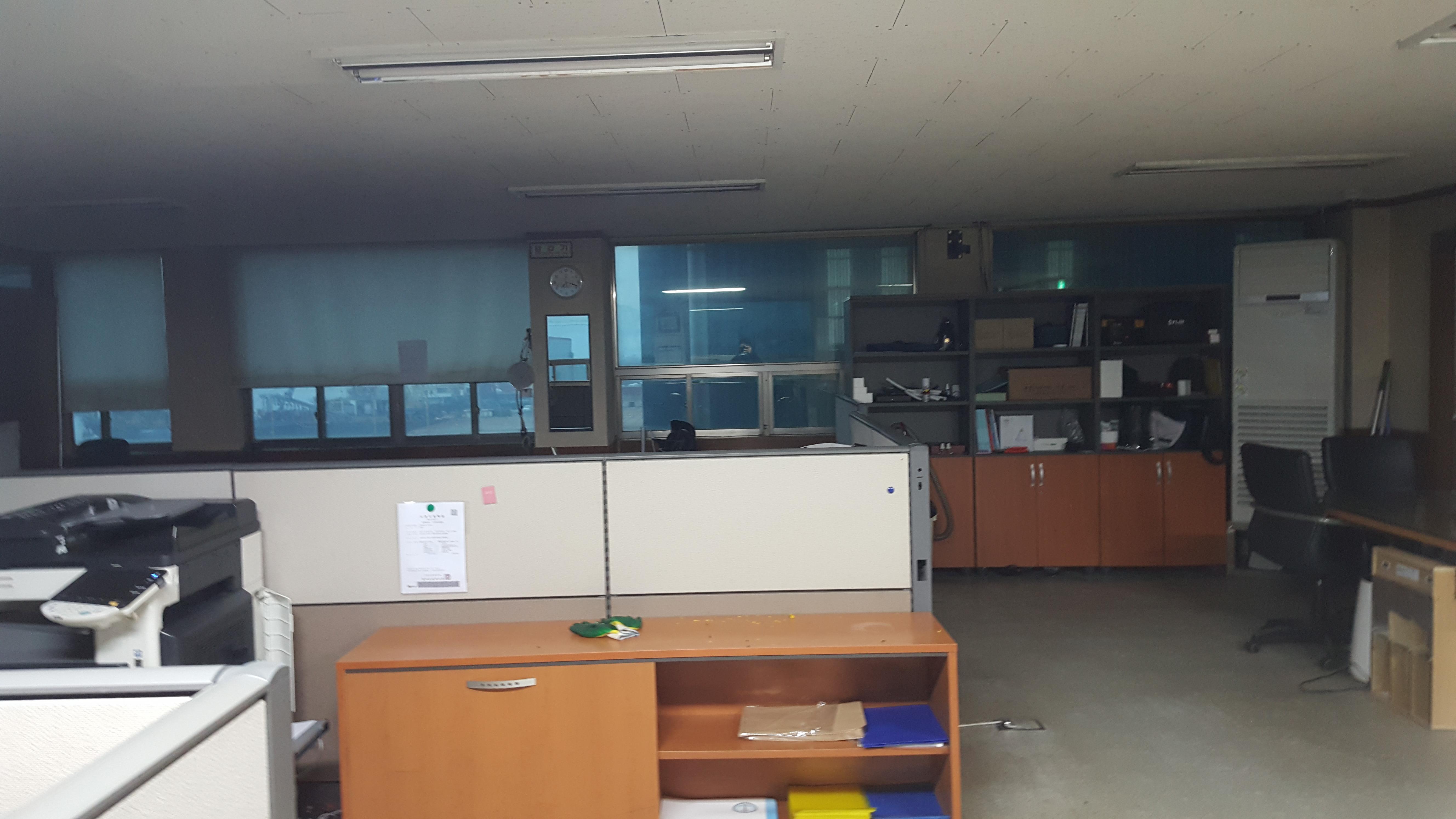 4 번째 사진  에  연면적94.68 ㎡ 부산시 영도구 해양로 공장사무실 2차 천장텍스 석면해체 제거