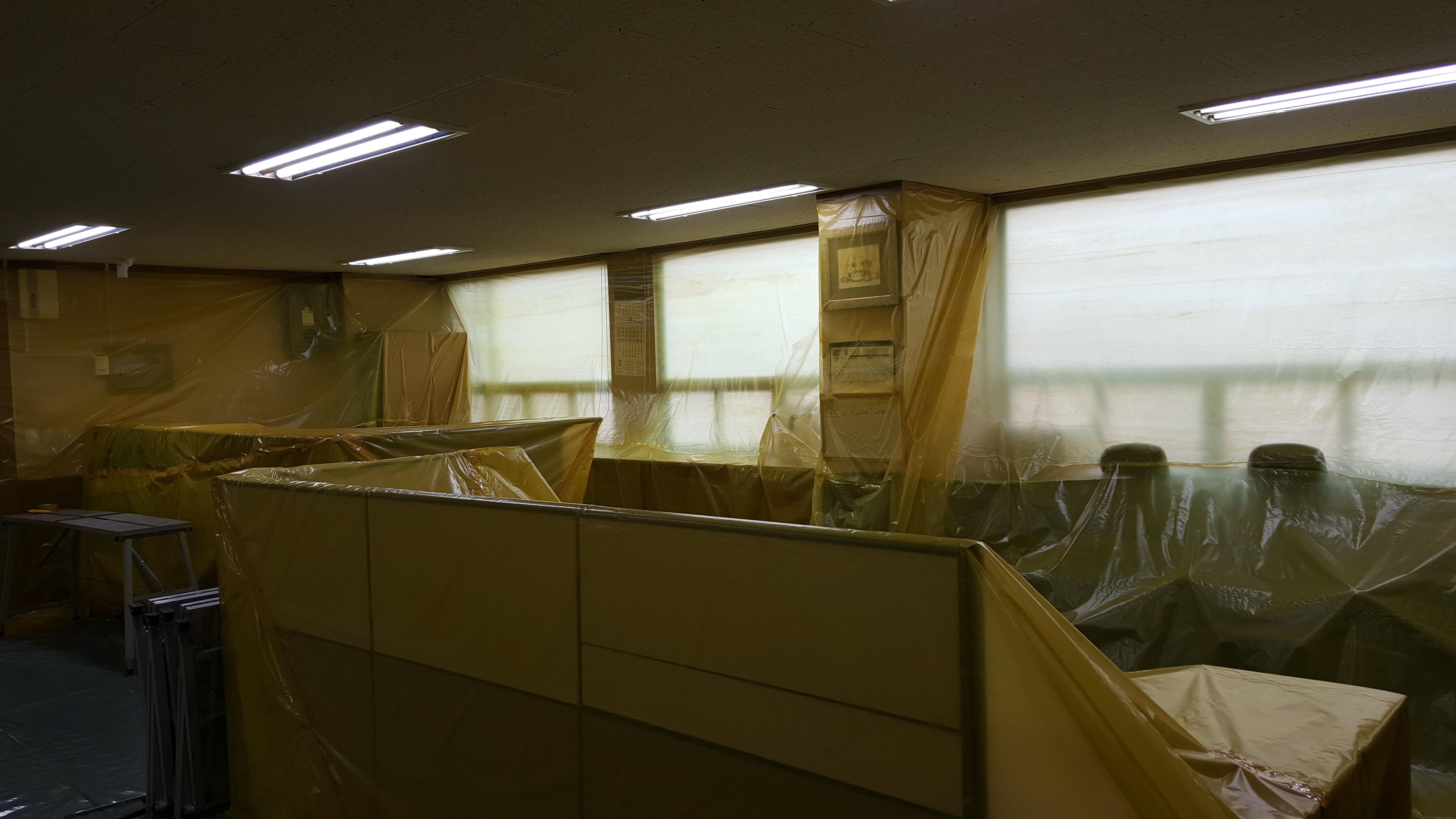 6 번째 사진  에  연면적94.68 ㎡ 부산시 영도구 해양로 공장사무실 2차 천장텍스 석면해체 제거