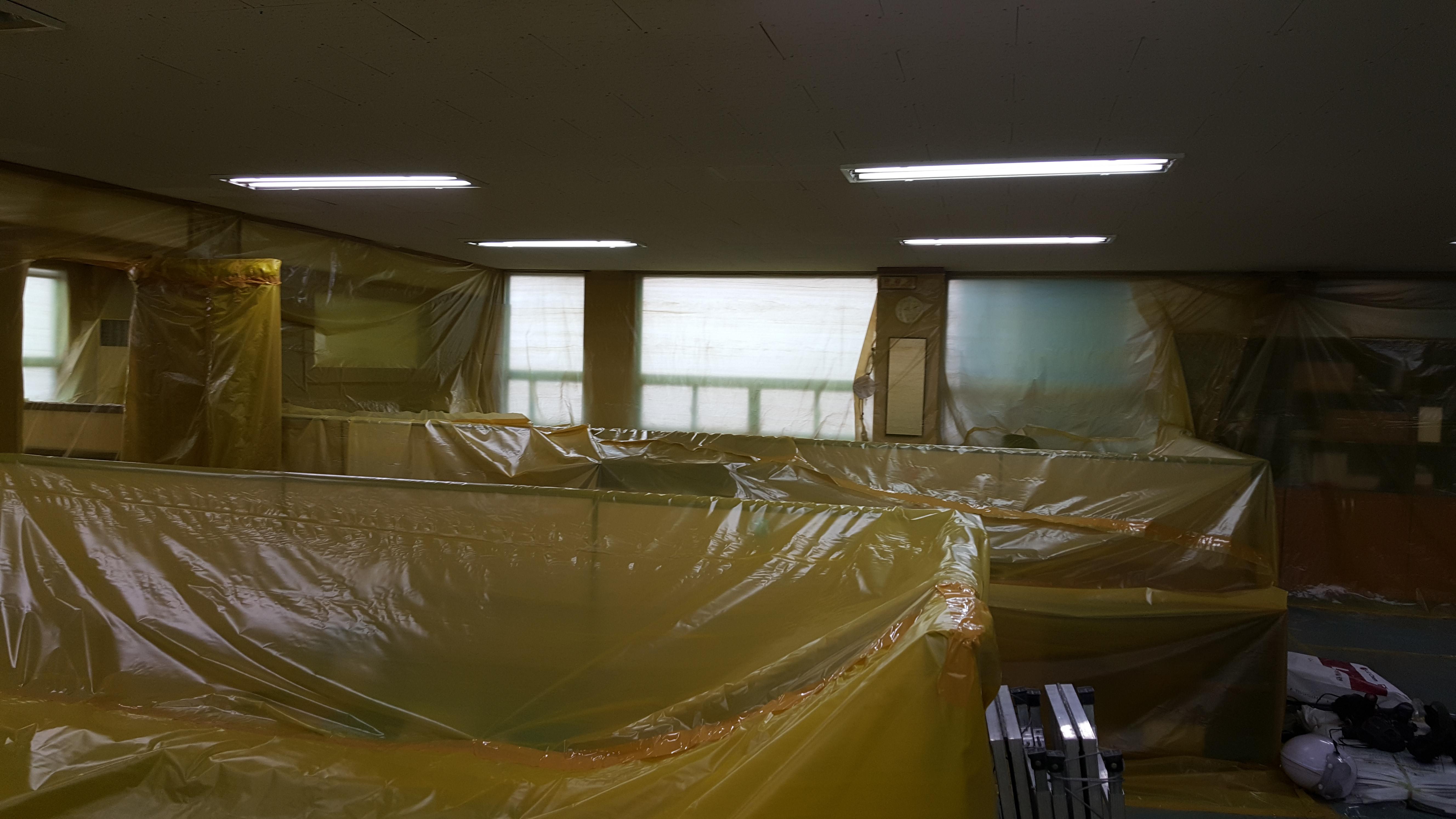 7 번째 사진  에  연면적94.68 ㎡ 부산시 영도구 해양로 공장사무실 2차 천장텍스 석면해체 제거
