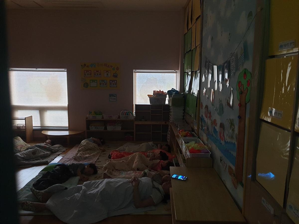 7 번째 사진 교육연구시설 에  연면적221.06 ㎡ 어린이집 석면조사 (부산 동래구)