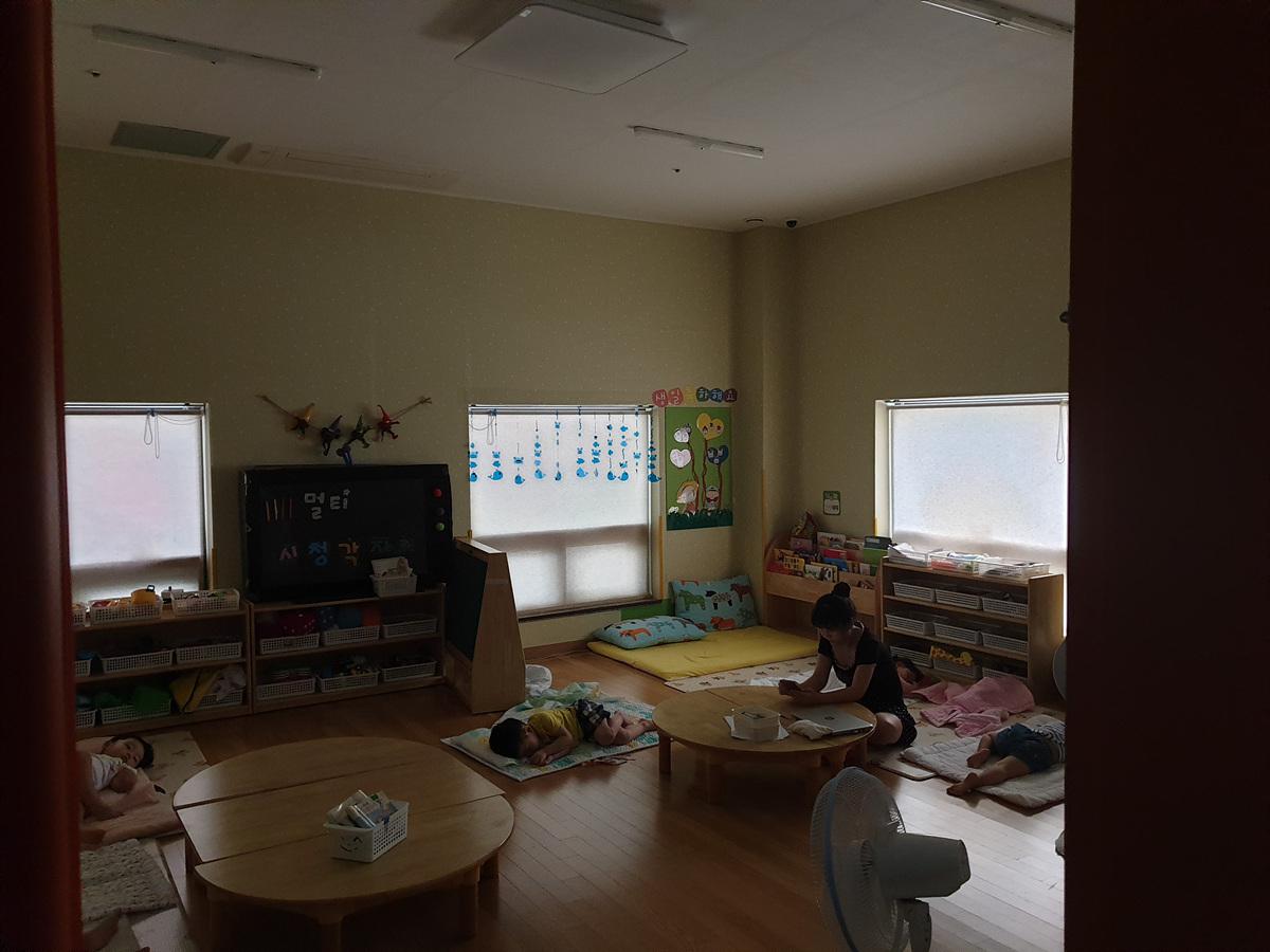 8 번째 사진 교육연구시설 에  연면적221.06 ㎡ 어린이집 석면조사 (부산 동래구)