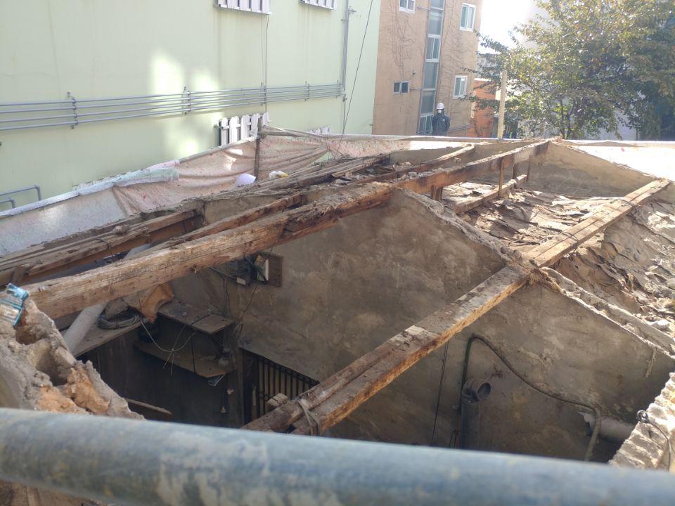 17 번째 사진  에  연면적43 ㎡ 부산 부산진구 진남로 주택 슬레이트지붕 석면철거