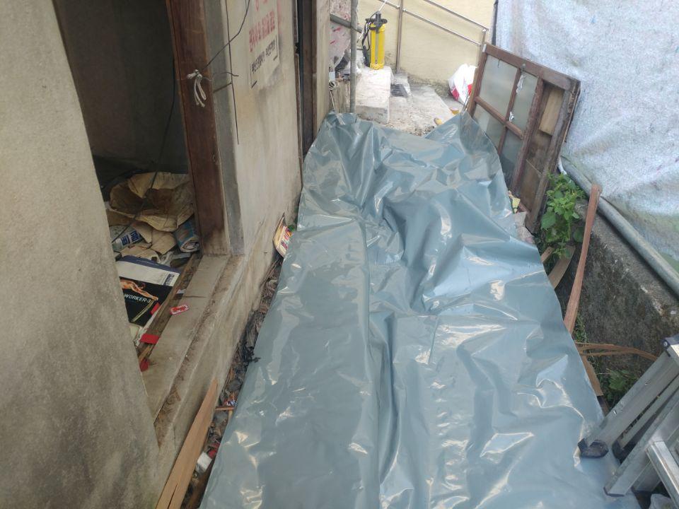 5 번째 사진  에  연면적43 ㎡ 부산 부산진구 진남로 주택 슬레이트지붕 석면철거