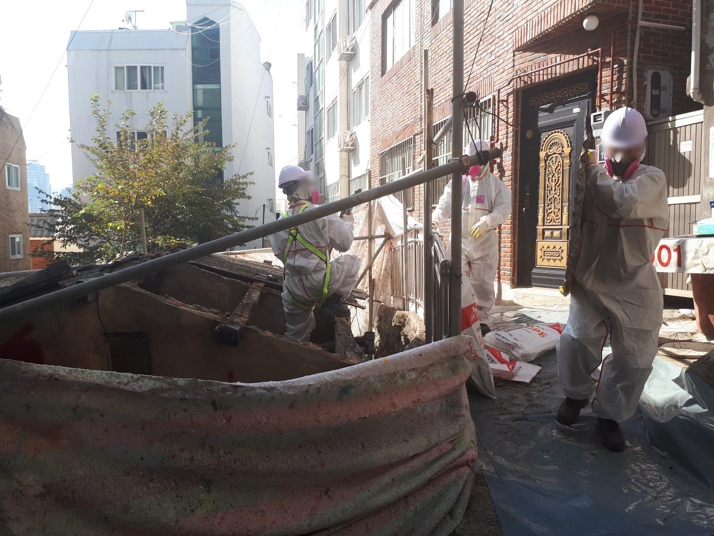 12 번째 사진  에  연면적43 ㎡ 부산 부산진구 진남로 주택 슬레이트지붕 석면철거