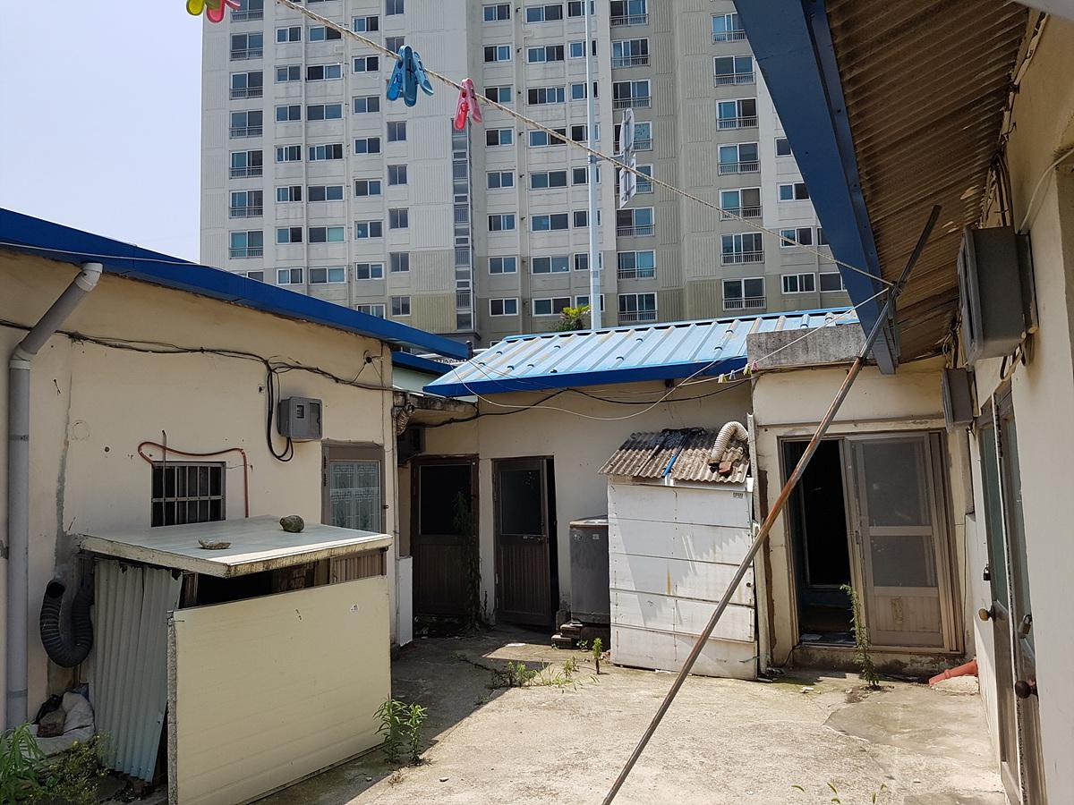 1 번째 사진 단독주택 에  연면적196.62 ㎡ 일반주택 석면조사