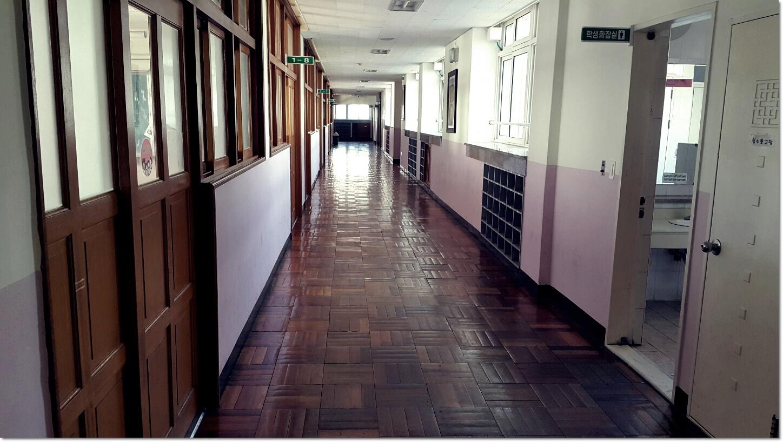 4 번째 사진  에  연면적100 ㎡ 부산 북구 중학교 석면텍스철거
