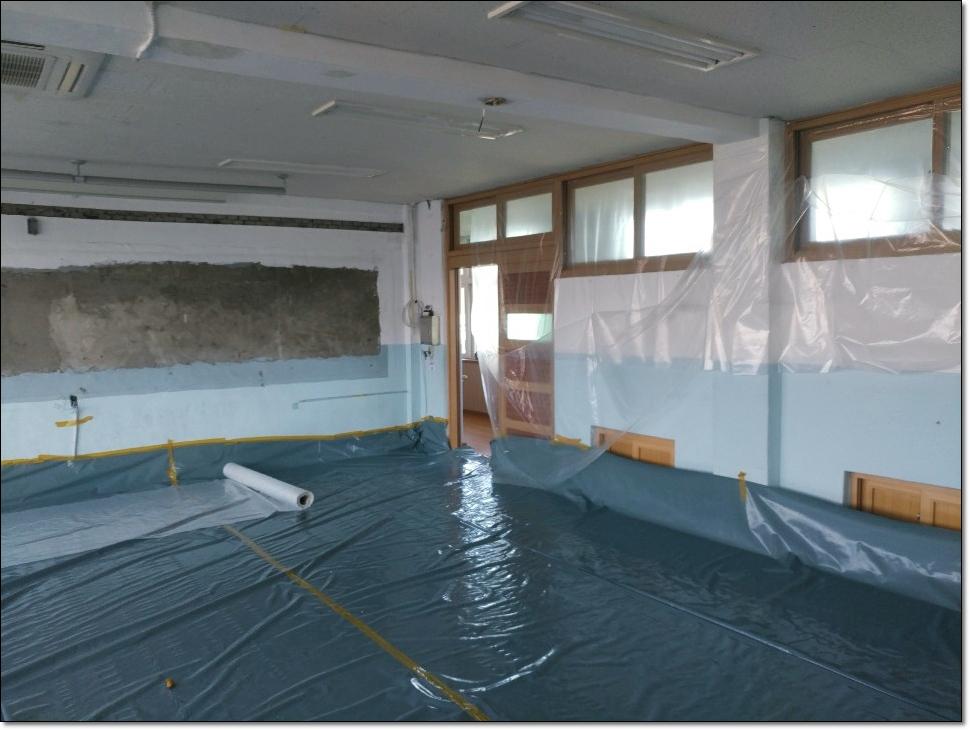 5 번째 사진  에  연면적 ㎡ 학교시설 석면해체·제거 가이드라인 준수하여 철거작업