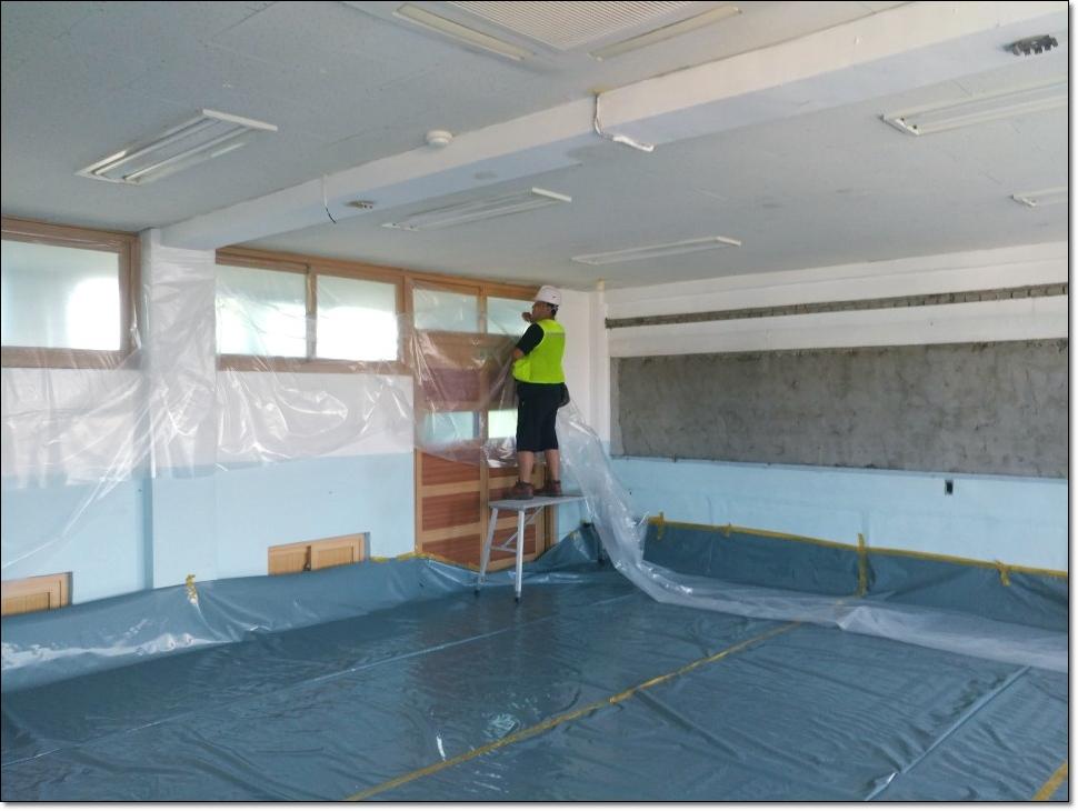 10 번째 사진  에  연면적 ㎡ 학교시설 석면해체·제거 가이드라인 준수하여 철거작업