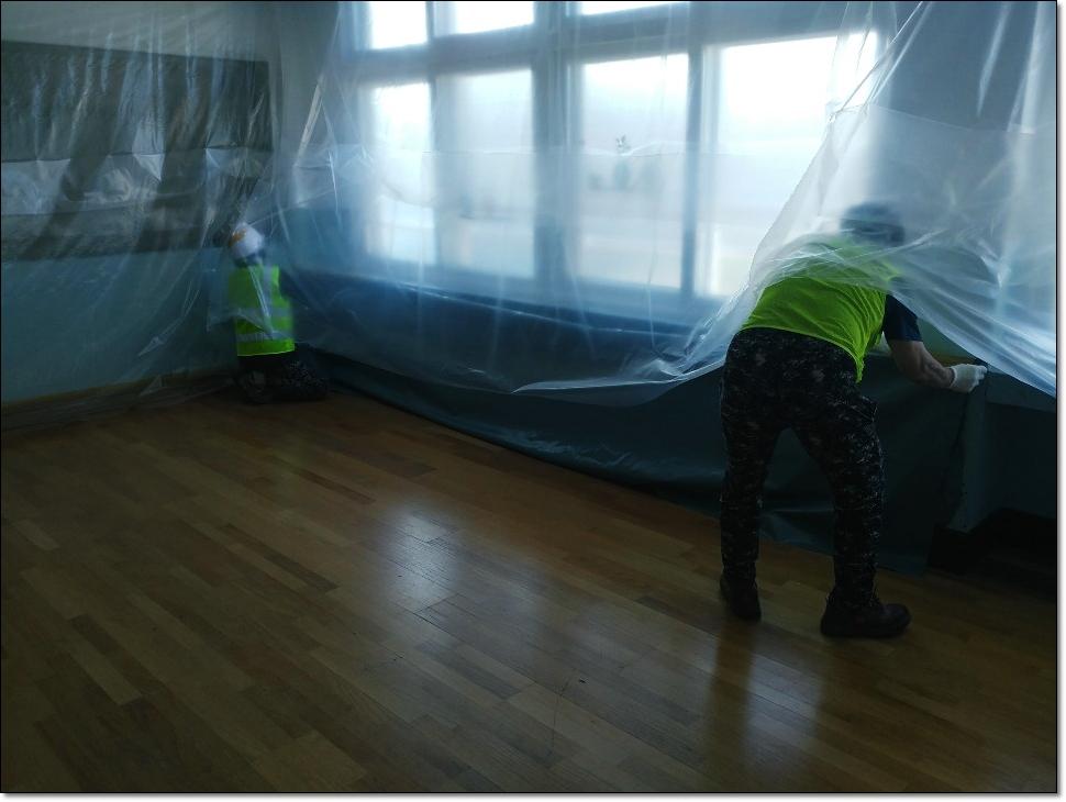 11 번째 사진  에  연면적 ㎡ 학교시설 석면해체·제거 가이드라인 준수하여 철거작업