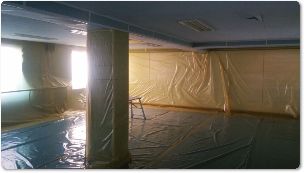 8 번째 사진  에  연면적 ㎡ 중학교 천장 석면 해체 현장 (경기도 수원시)