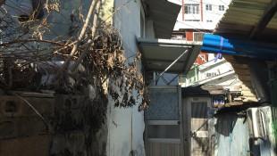 부산 동구 수정동 주택 철거 전 석면조사